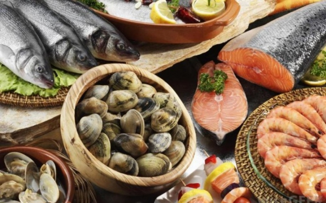 seafood-735x459.jpg