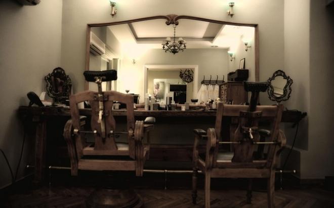 1900_barber.jpg